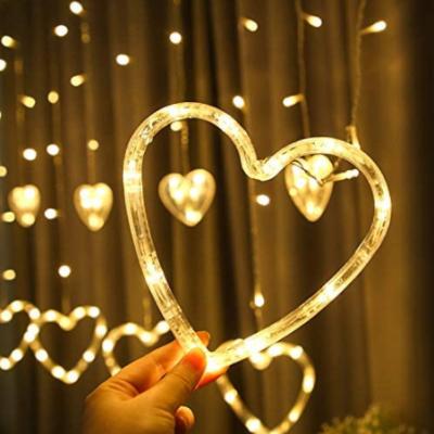 Animasyonlu Kalpli Perde Led Işık Dekoratif Sarkıt Aydınlatma